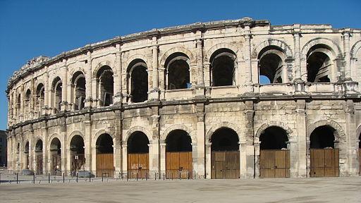 Nîmes