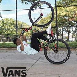Promos de Vans dans le prospectus à Vans ( Plus d'un mois)