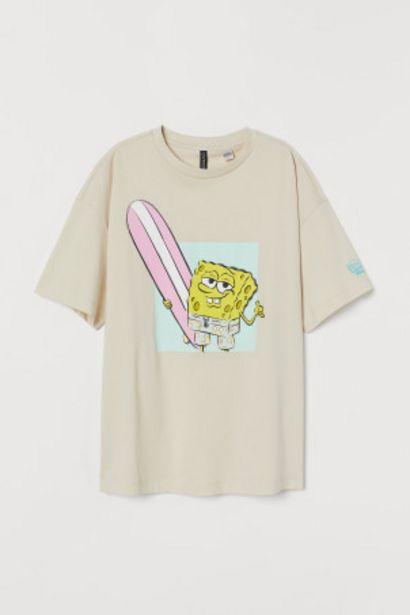 T-shirt avec motif imprimé offre à 8,99€