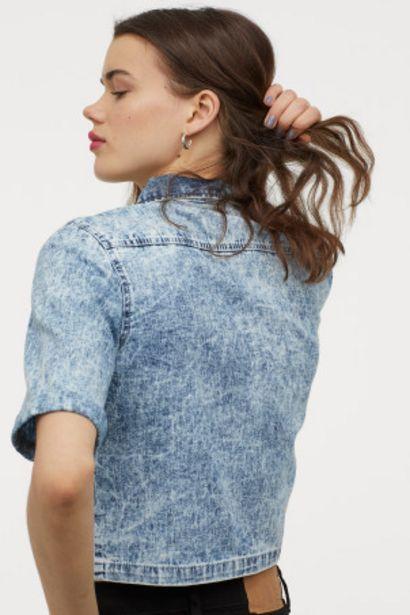 Chemise courte en denim offre à 12,99€