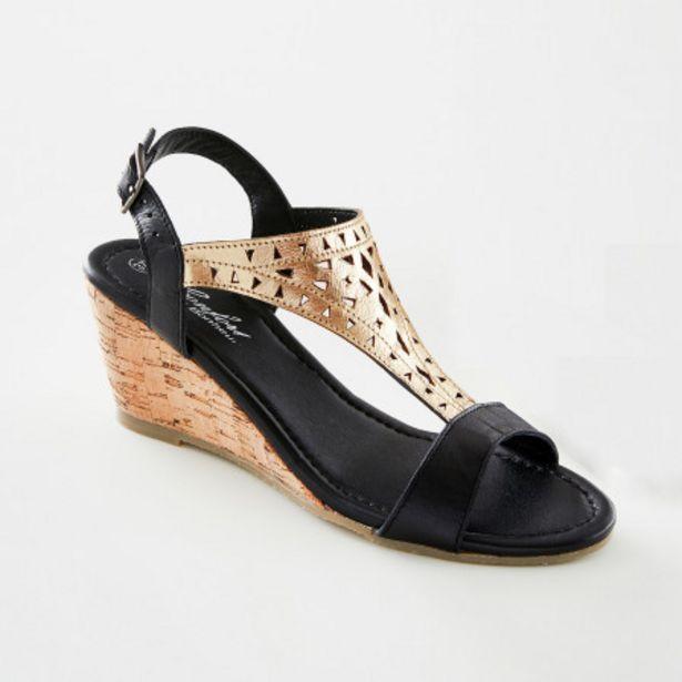 Sandales en cuir bicolore offre à 39,99€
