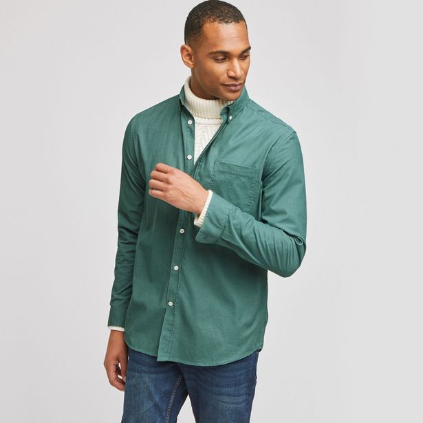Chemise regular en velours côtelé offre à 15€