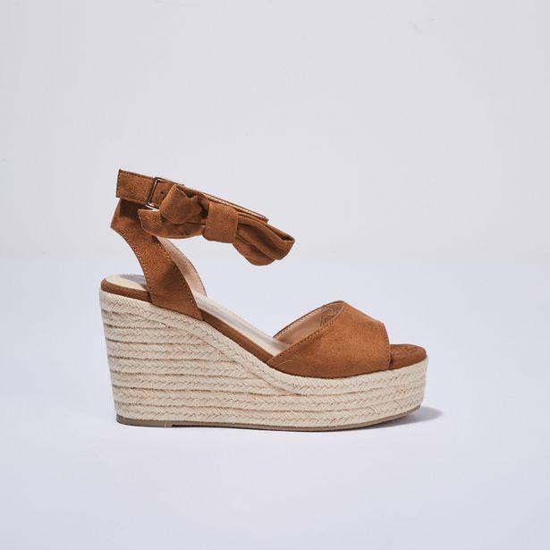 Sandales à talons compensés camel femme offre à 14,39€