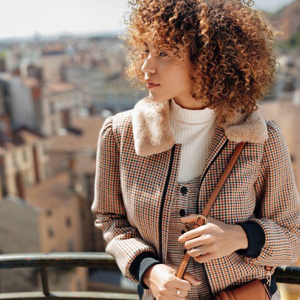 Manteau droit zippé beige femme offre à 49,99€