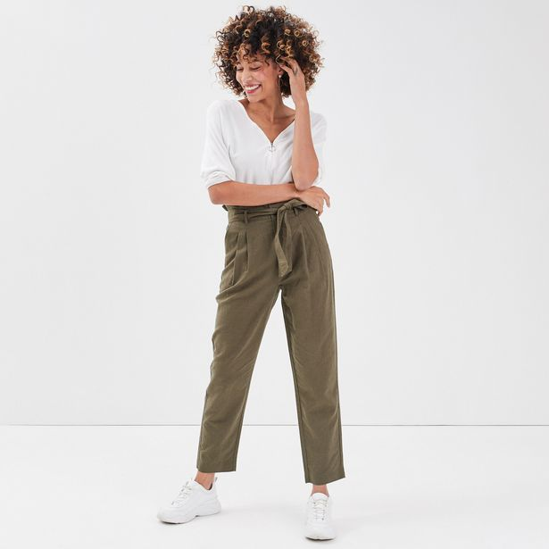 Pantalon paperbag vert kaki femme offre à 23,99€