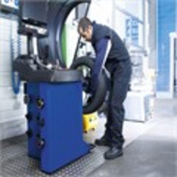 Forfait montage + équilibrage + valve pour pneus utilitaires offre à 17€