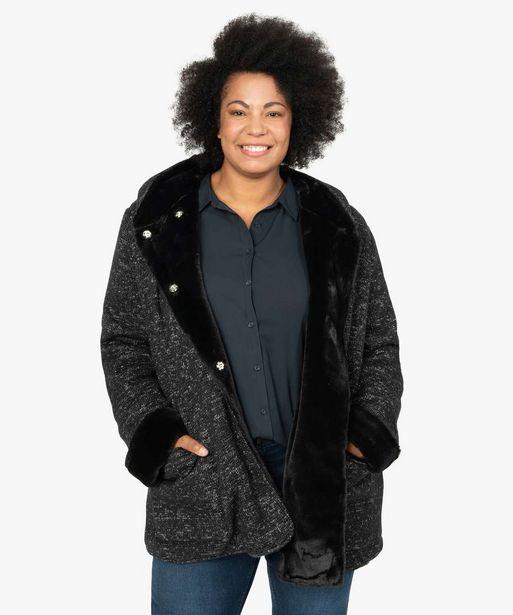 Manteau femme en maille bouclette et détails duveteux offre à 59,99€