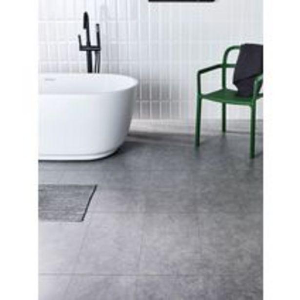 Sol stratifié décor Chêne grisé AQUA offre à 21,15€