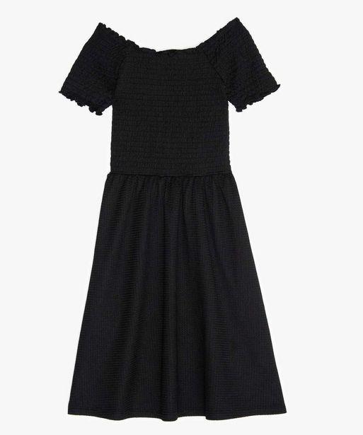 Robe fille en maille gaufrée et buste à smocks offre à 7,99€