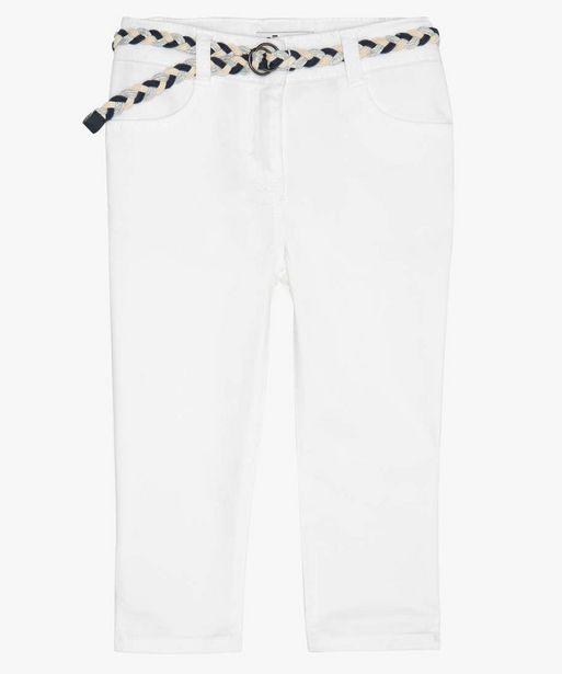 Pantacourt fille en toile avec ceinture tressée offre à 6,49€