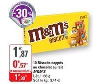 10 biscuits nappes au chocolat au lait M&M's offre à 1,3€