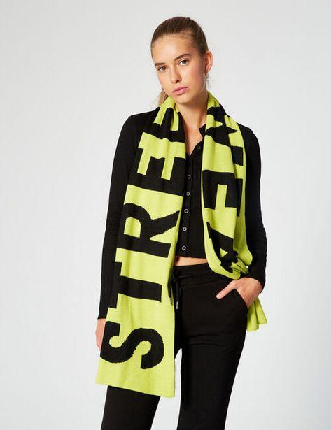 Écharpe bicolore à message offre à 12,99€