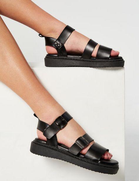 Sandales en simili offre à 12,99€