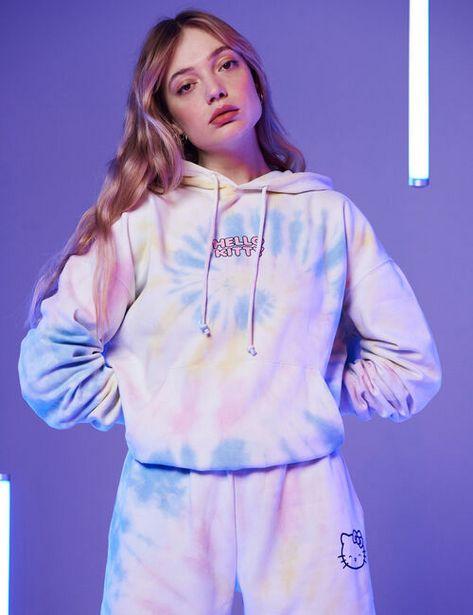 Sweat à capuche Hello Kitty offre à 25,99€