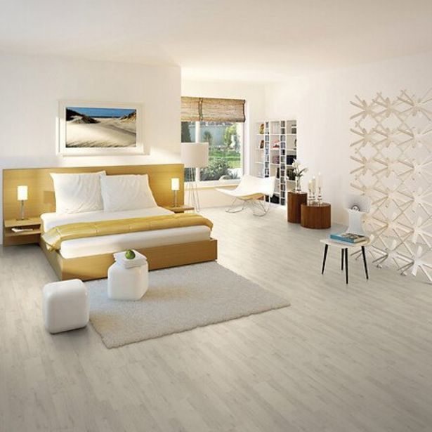 Revêtement de sol stratifié 7mm chêne polaire offre à 19,82€