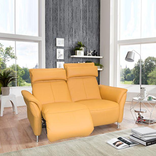 Canapé 2 places relaxation 100% cuir. offre à 3330€