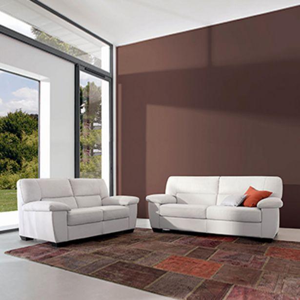 Canapé 3 places 100% cuir. offre à 1855€