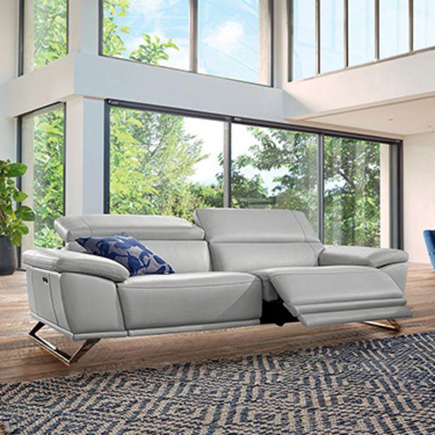 Canapé 3 places relaxation 100% cuir. offre à 3155€