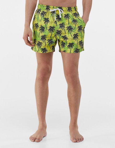 Short de bain imprimé palmiers offre à 5,99€