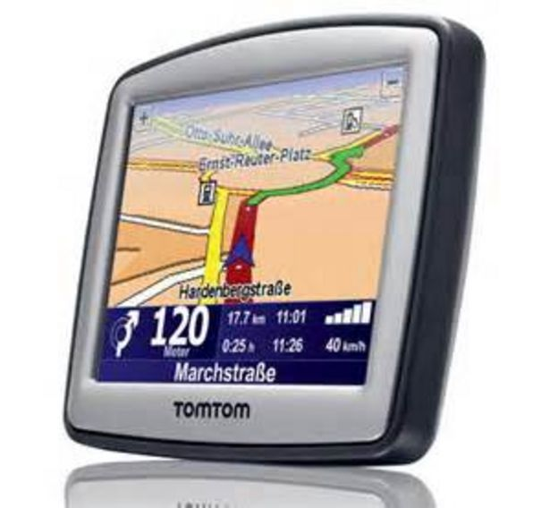 GPS EUROPE TOMTOM ONE XL offre à 19,99€