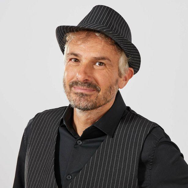 Chapeau en tissu rayé offre à 1,5€