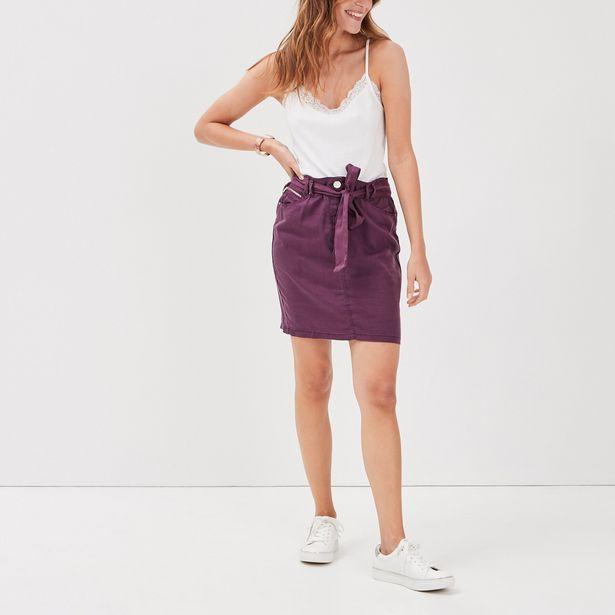 Jupe droite ceinturée violet f... offre à 19,99€