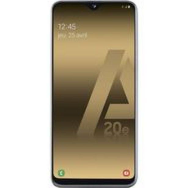 SAMSUNG Smartphone - GALAXY A20e - 32 Go - 5.8 pouces - Blanc - 4G - Double port Nano SIM offre à 159,9€